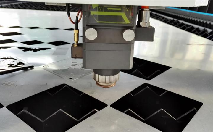 激光切割机切割薄板