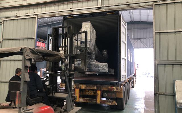 龙门式切割机发往印度